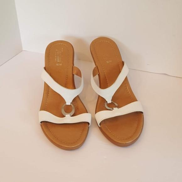 6395c329cae Vertan Strappy Kitten Heel Sandals Made in Italy. M 5b21215734a4ef8165035904